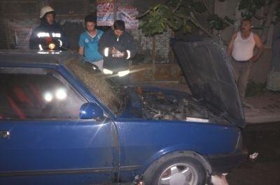 Başakşehir'de 4 otomobil ateşe verildi