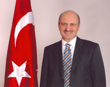 TOKİ Başkanı Erdoğan Bayraktar istifa etti