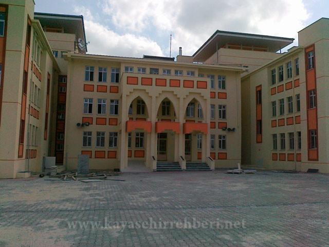 Başakşehir Toki İmam Hatip Ortaokulu Kayıtları 17 Ağustos'da Son
