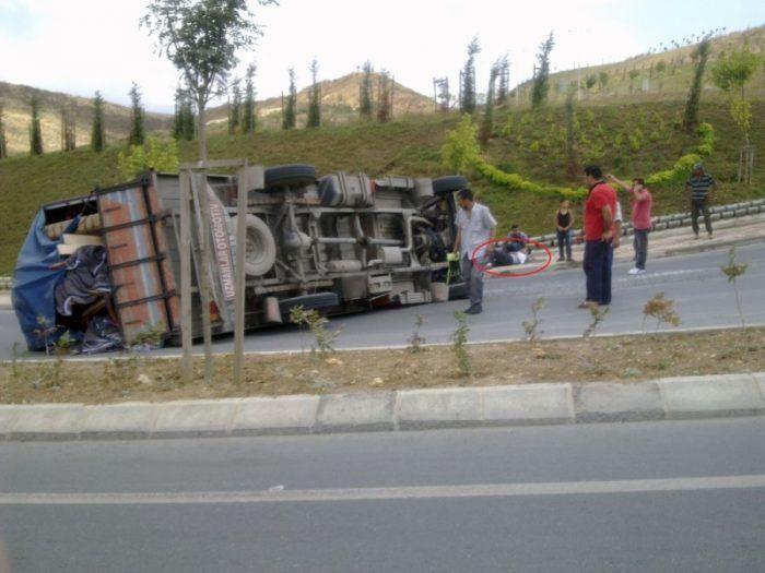 Kayaşehir'de Tehlikeli Viraj