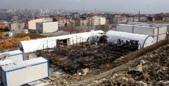 Toki Kayabaşı şantiyesinde binlerce işçi hala çadırda