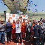 Şampiyon Metrokent'in Kupası Başkan Uysal'dan
