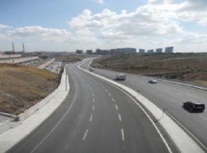 İstanbul trafiğini rahatlatacak Yüzyıl Kavşağı tamamlandı