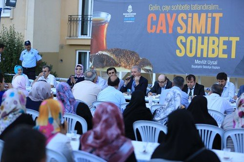 Çay sohbetlerinin ikinci durağı Ortaköy sitesi