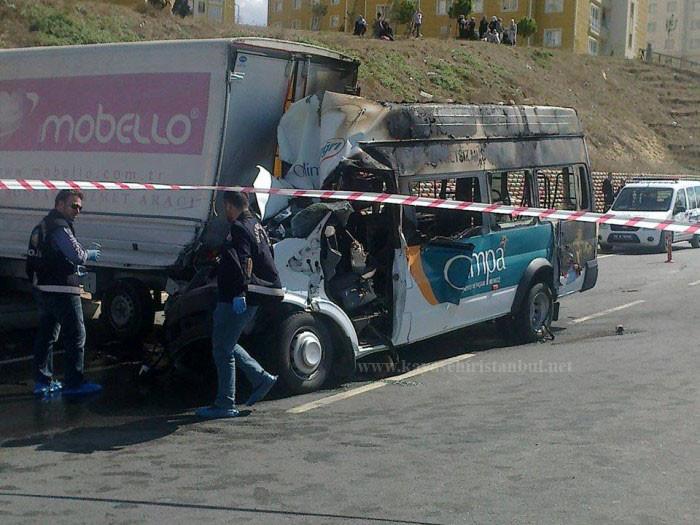 Kayaşehir'de Korkunç Kaza