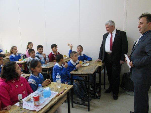 Başakşehir Kaymakamı Fatih Kocabaş Okul ziyaretinde bulundu