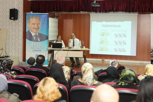 Başakşehir'de Diyabet Eğitim Semineri Düzenlendi