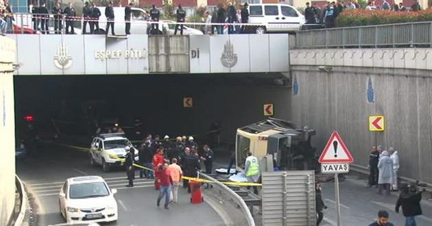 Güngören Minibüs köprüden uçtu