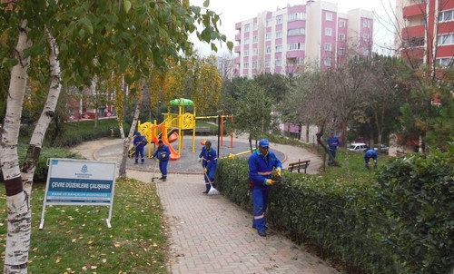 Başakşehir'de Sonbahar Temizliği Başladı