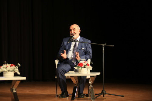 Ahmet Taşgetiren, Başakşehir Emin Saraç Kültür Merkezinde