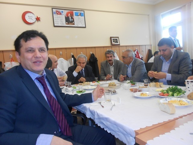 Toki Kayaşehir Mevlana İlkokulu'nda Kutlu Doğum Kutlaması