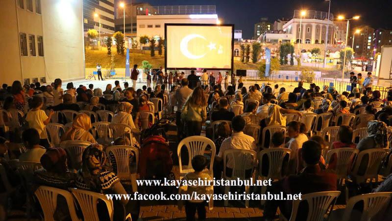 Başakşehir Kayaşehir'de Açık Hava Sinema Keyfi