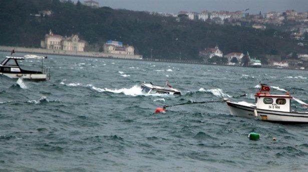 İstanbul'u şiddetli lodos vurdu