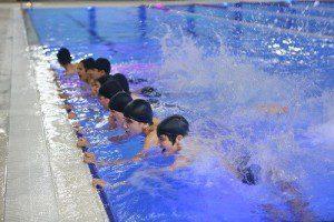 Başakşehir'de ücretsiz yüzme derslerine başladı