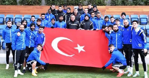 Başakşehir Futbol Takımı Çanakkaleyi Unutmadı