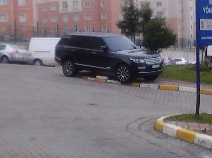 İBB düğmeye bastı! Park etmek kurala bağlandı