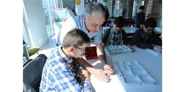 Görme Engellilere Lego Eğitimi