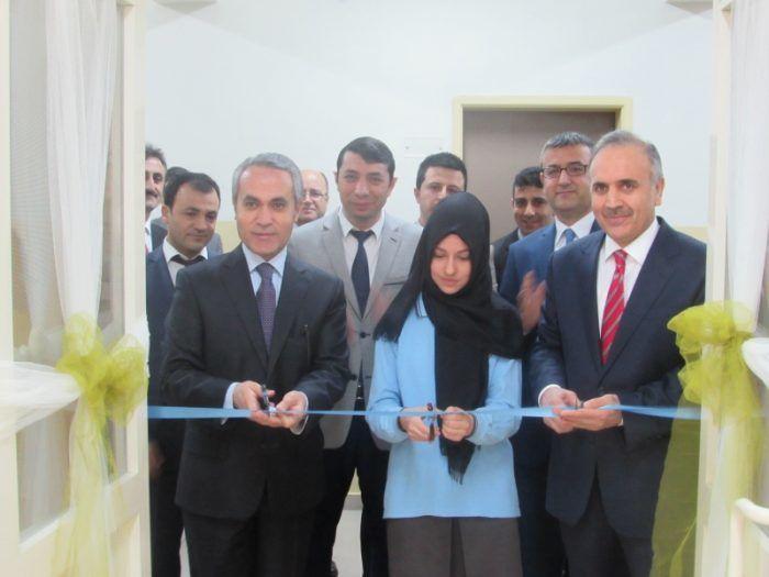 Başakşehir'de Kütüphane Açılışı Yapıldı