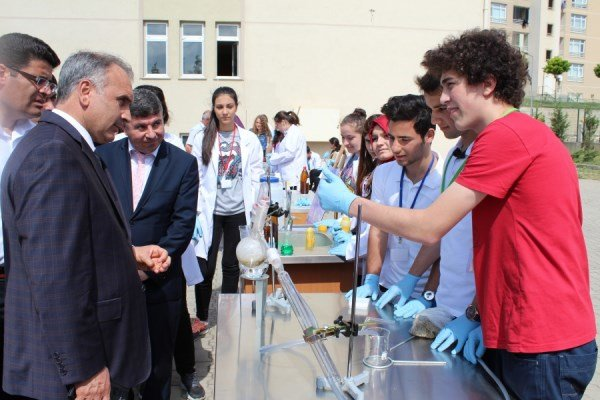 Toki Kayaşehir Anadolu Lisesi Tübitak Bilim Fuarında