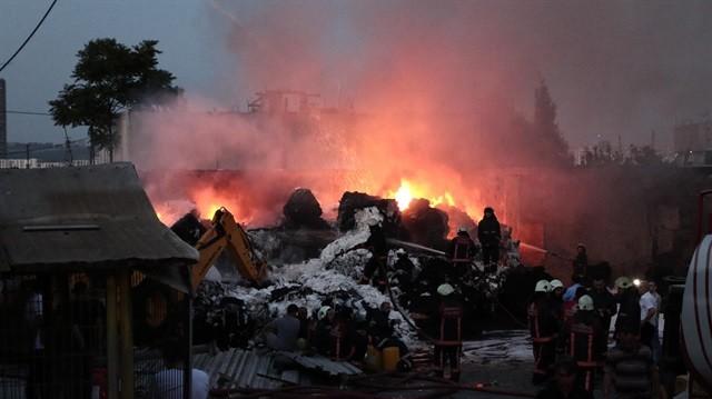 Kayaşehir 3.Bölge'de Korkutan Yangın