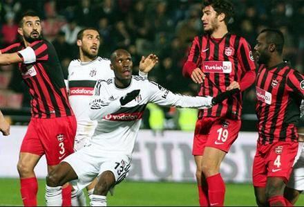 Beşiktaş – Başakşehir maçı saat 17'de