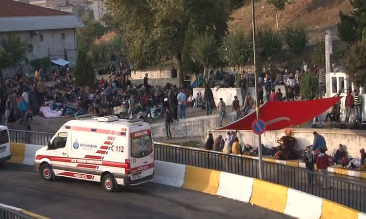 İstanbul otogarı Mülteci Kaynıyor