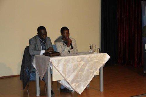 Bilgievi öğrencilerinin Afrikalı misafirleri