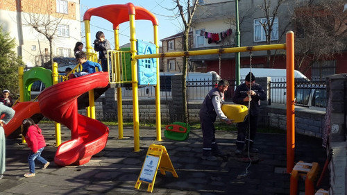 Çocuk Parklarına Bakım Yapılıyor