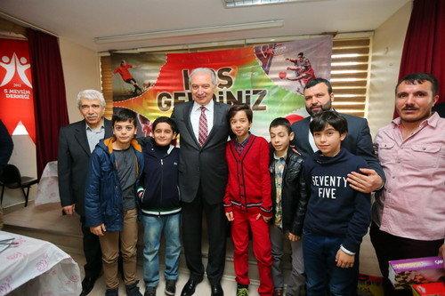 Başkan Uysal, Satranç Şampiyonları ile buluştu