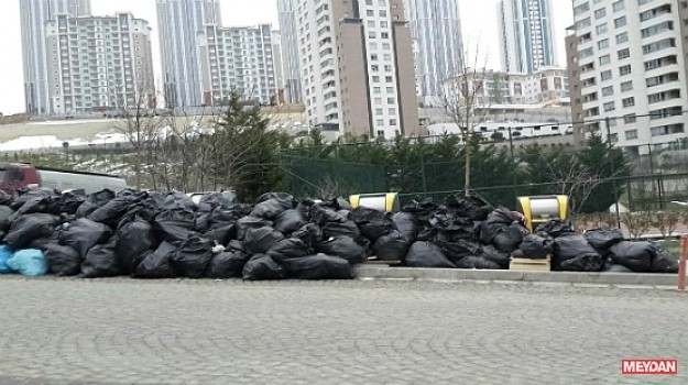 Başakşehirde 20 gündür çöpler toplanmıyor
