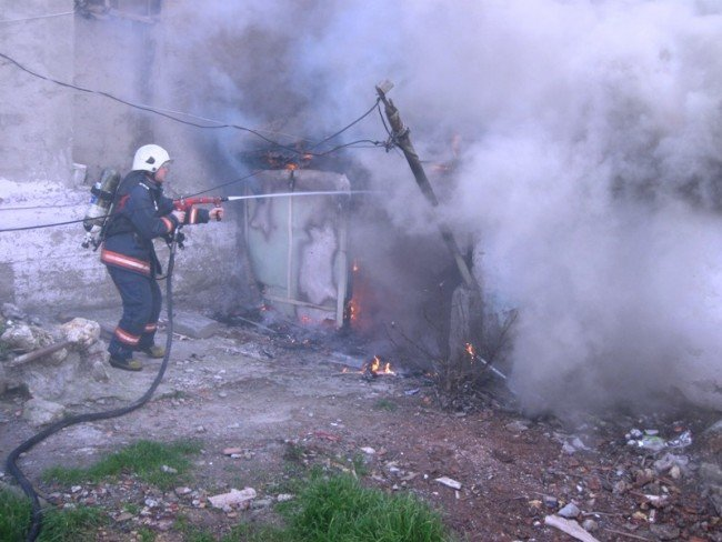 Başakşehir güvercintepe'de yangın