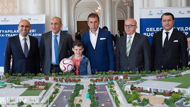 Abdullah Avcı: Futbolcu almakla, gayrimenkul almak aynı