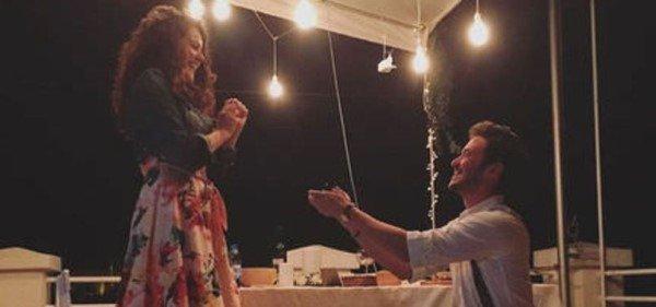 Anıl Altan sevgilisi Pelin Akil ile evleniyor