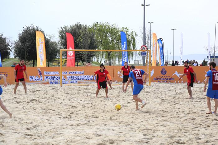 Lale Festivali'nde Tenis ve Futbol Coşkusu