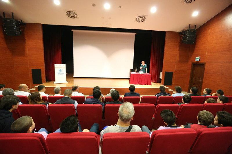 Tüketici hakları semineri düzenledi