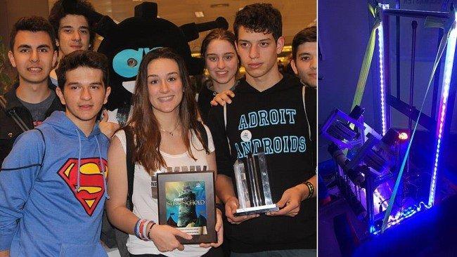 Öğrencilerin Robotu ABD'den Ödül Aldı