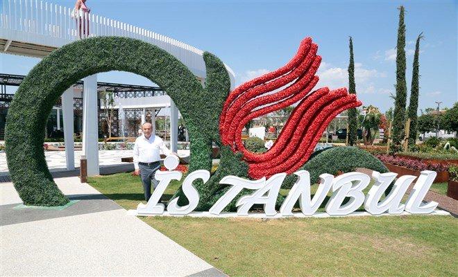 Kadir Topbaş'İstanbul Bahçesi'ni gezdi