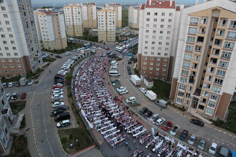 Toki Fenertepe'de sokak iftarı Yapıldı