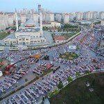 Kayaşehir'de 15 bin kişi iftar sofrasında buluştu
