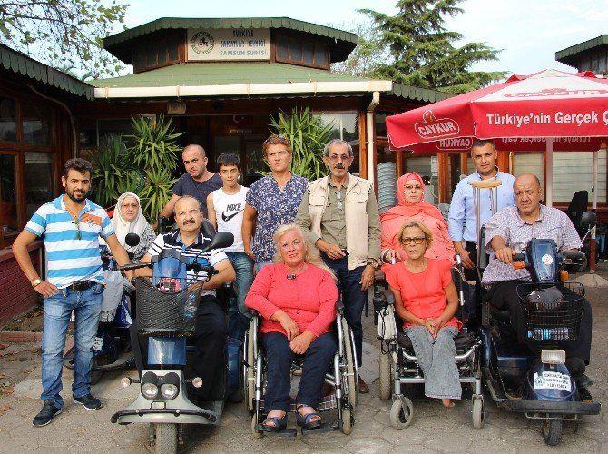 Engelliler: TOKİ'lerde ev bulamıyoruz