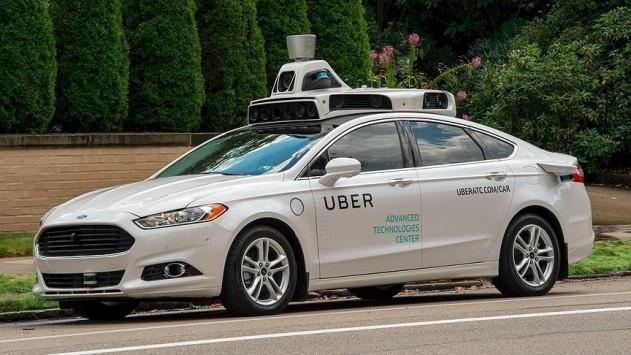 Şoförsüz taksiler hizmet vermeye başladı