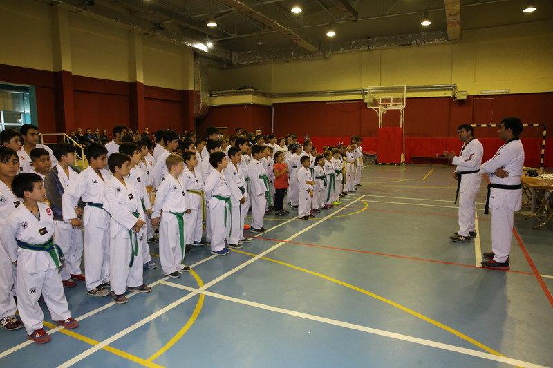 Tekvando öğrencileri kuşak sınavına girdi