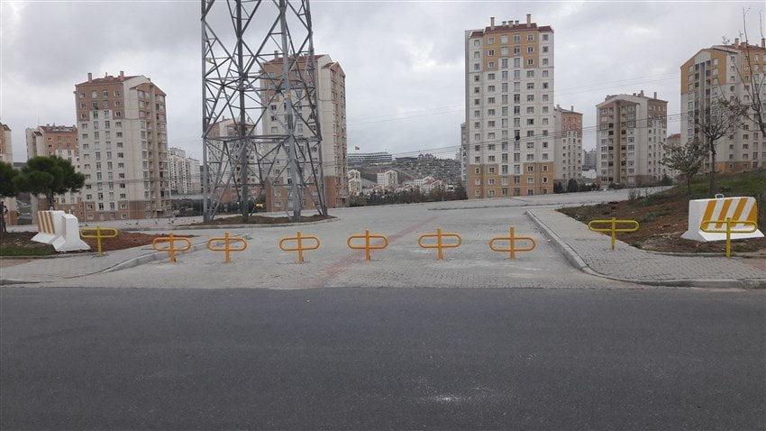 Kayaşehir Açık Otopark Girişi Kapatıldı