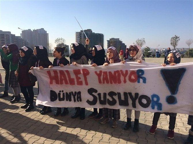 Kayaşehir Toki Turgut Özal İHO öğrencileri Halep'i Unutmadı