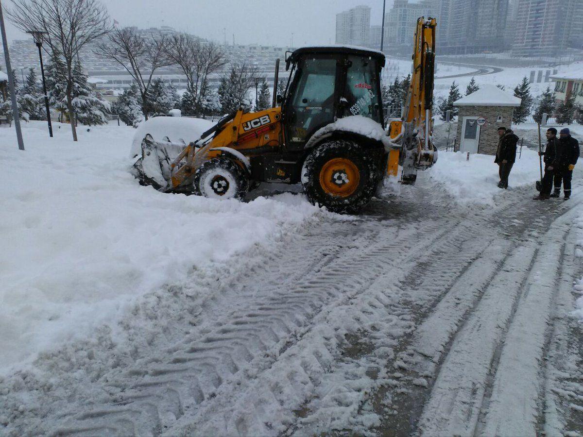 Kayaşehir Site Yönetimlerinin Kar Temizliği