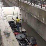 Başakşehir'de Tır Kanala Düştü