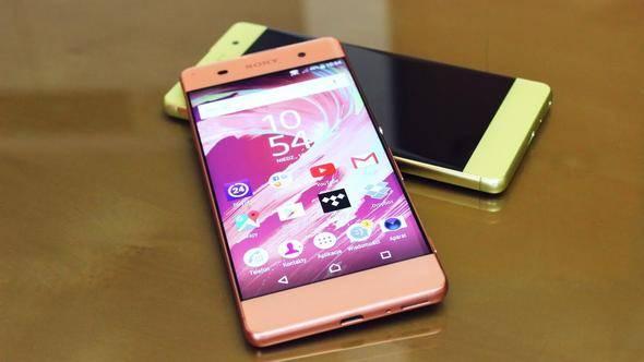 Telefonlar artık birbirini şarj edecek!
