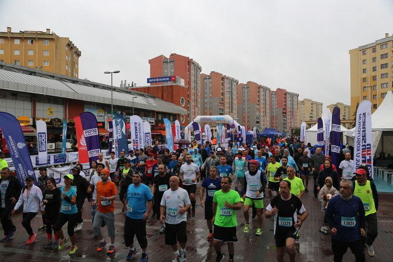 Fun Run Series Başakşehir etabı koşuldu