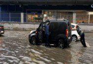 İstanbul'da yollar göle döndü
