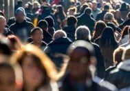 insan kalabalık